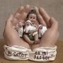 In His Hand  El Senor Es Mi Pastor